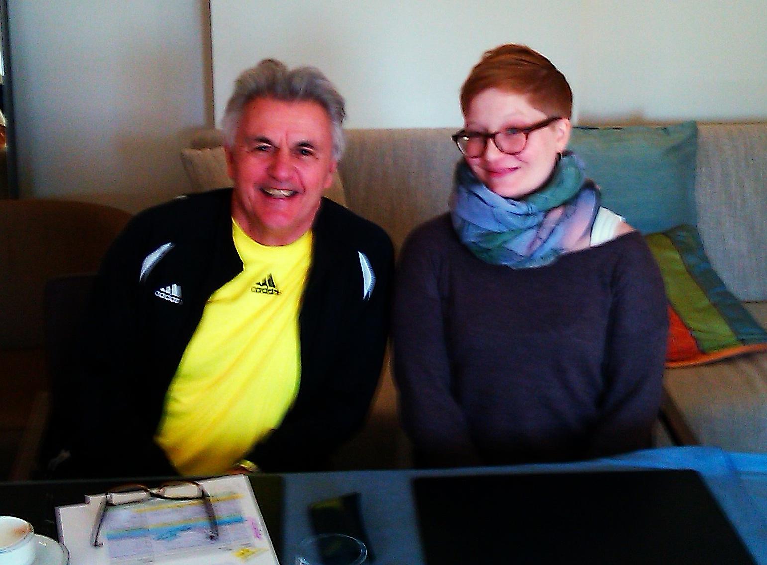 © unbekannt |Nov. 2012,  John Irving und ich, unscharf in Frankfurt (Main)