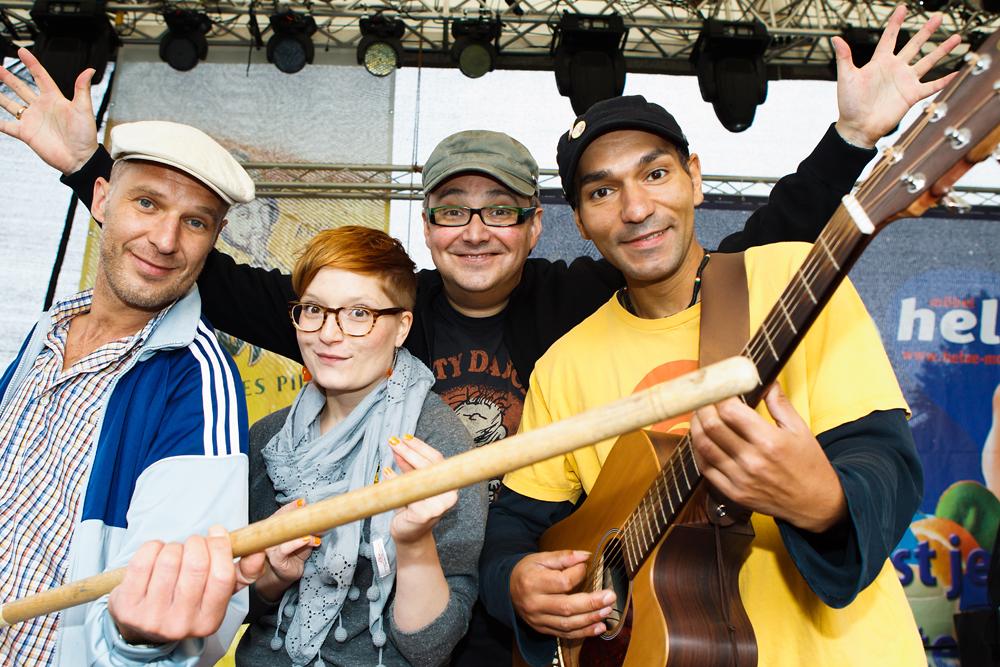 © Marco Prosch | Johannes Gabriel, Lydia Herms, André Kudernatsch und Raschid D. Sidgi (v.l.n.r.) als MDR Figarino Team | Laternenfest Halle (Saale) am 28.08.2011